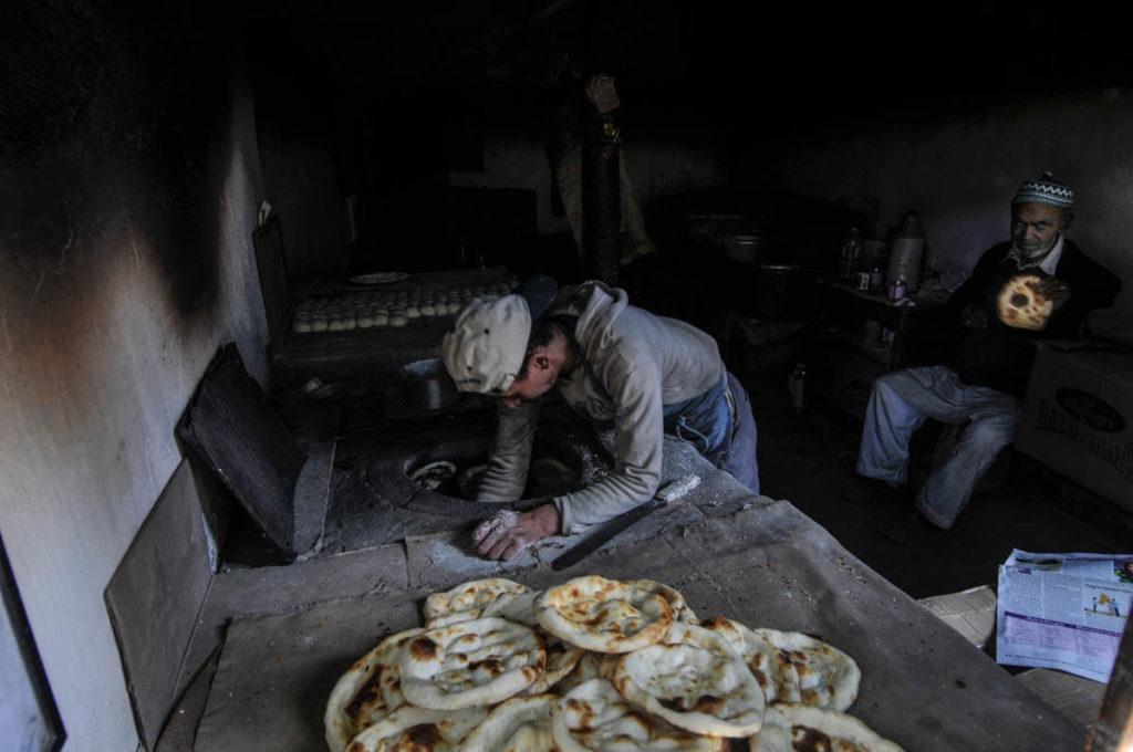 Khambir bread shop, a popular Tibetan bread