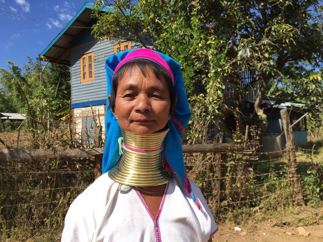 Kayan women