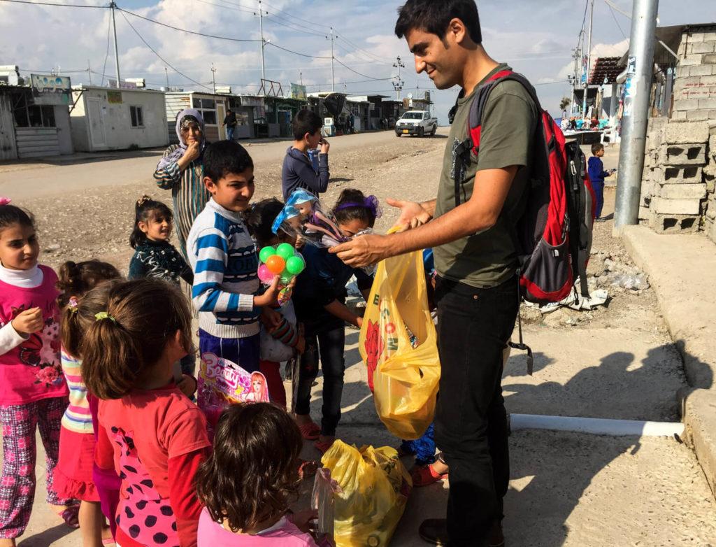 Visitando un campo de refugiados sirio en Irak