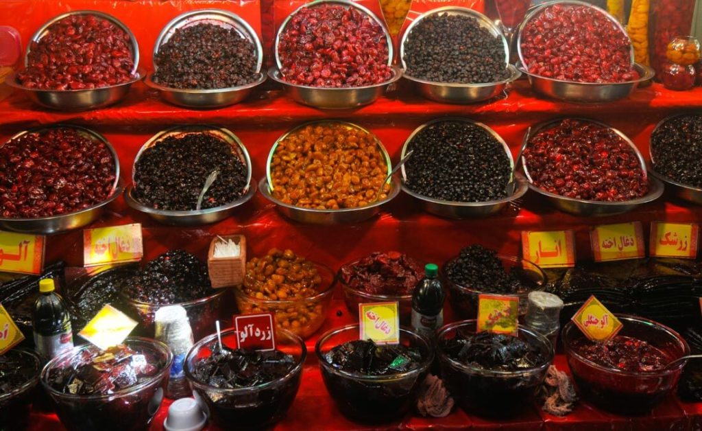 Dried fruits store located in Darband