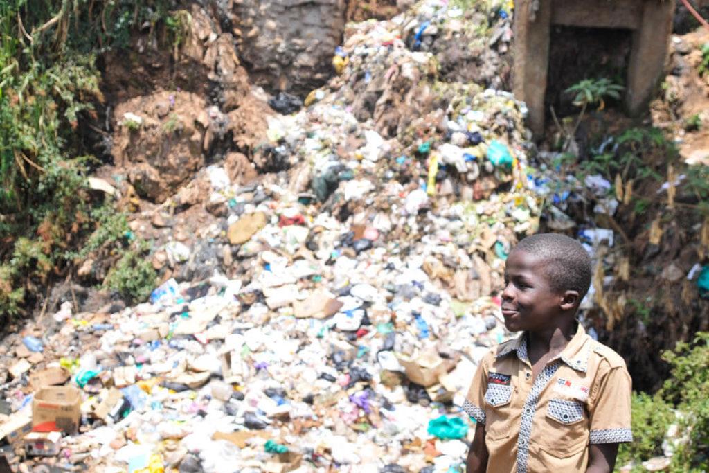 A huge pile of shit in Kibera