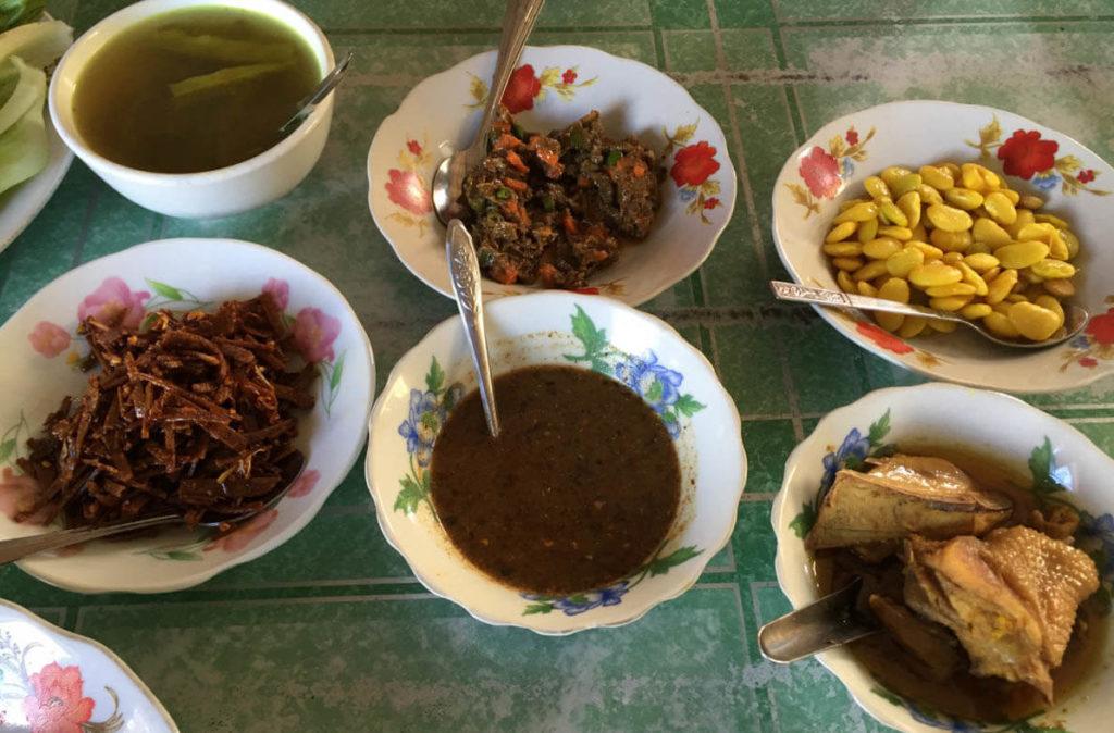 Myanmar curry with Indian flavours - Myanmar food varies across regions