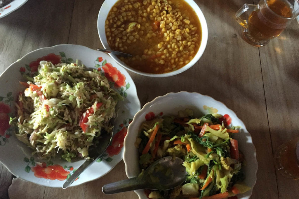 These Myanmar curries have a mix of Indian (Dal) and Chinese influence