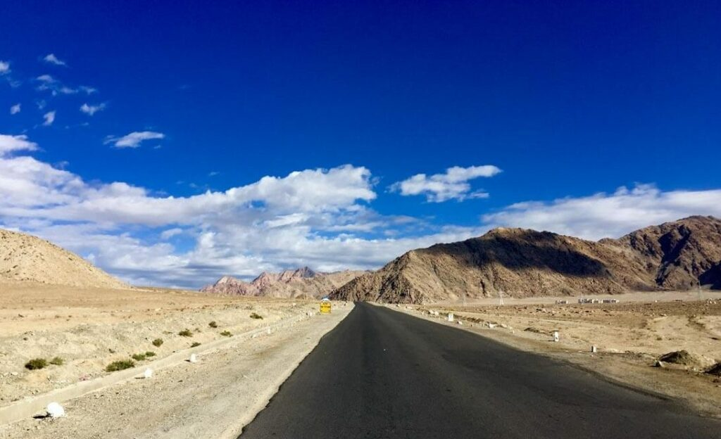 Solitary road of Ladakh
