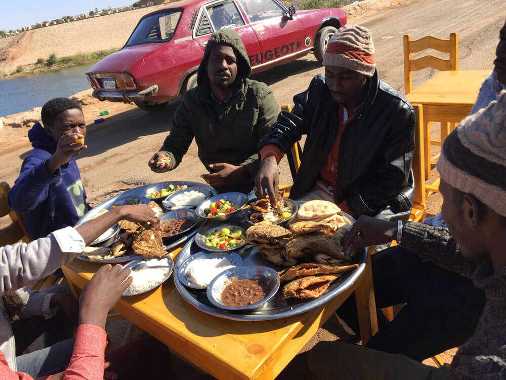 Having lunch in Abu Simbel before the ferry to Sudan comes