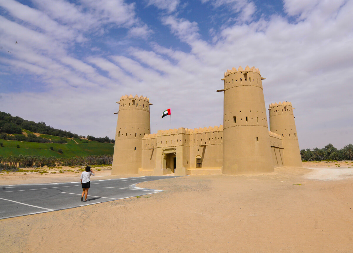 Liwa Oasis attractions