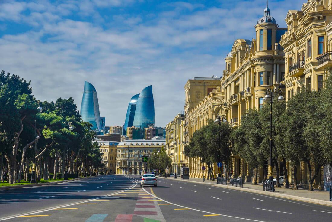 qué necesito para viajar a Azerbaiyán