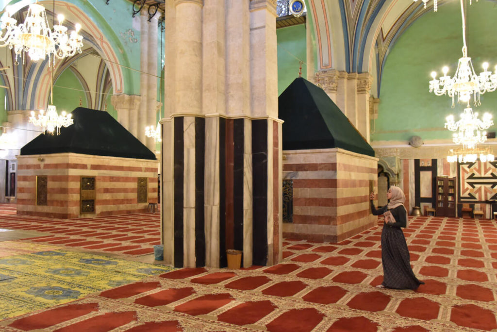 Visiting Hebron - The Abraham's mosque
