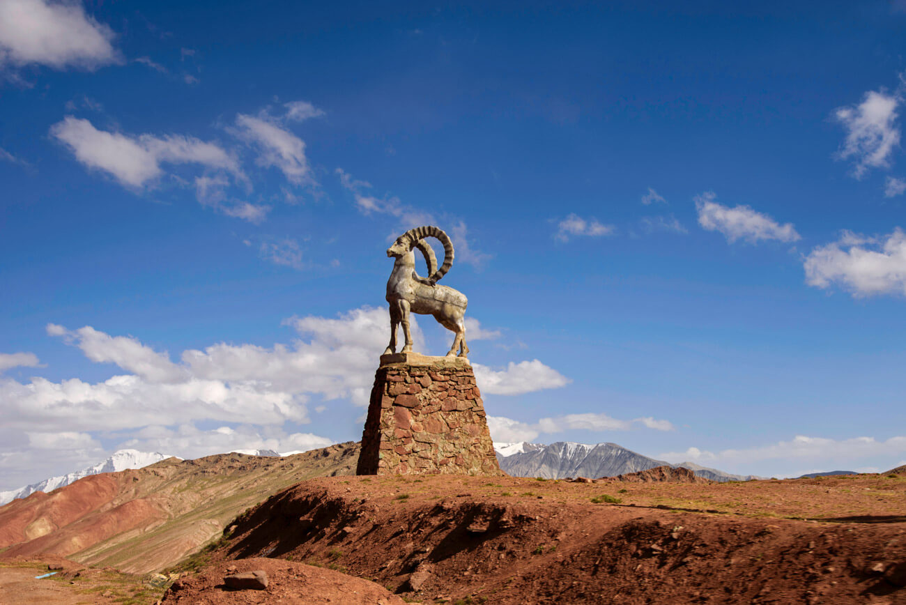 A guide for traveling Tajikistan (Tips + 3-week itinerary) kyzyl art pass