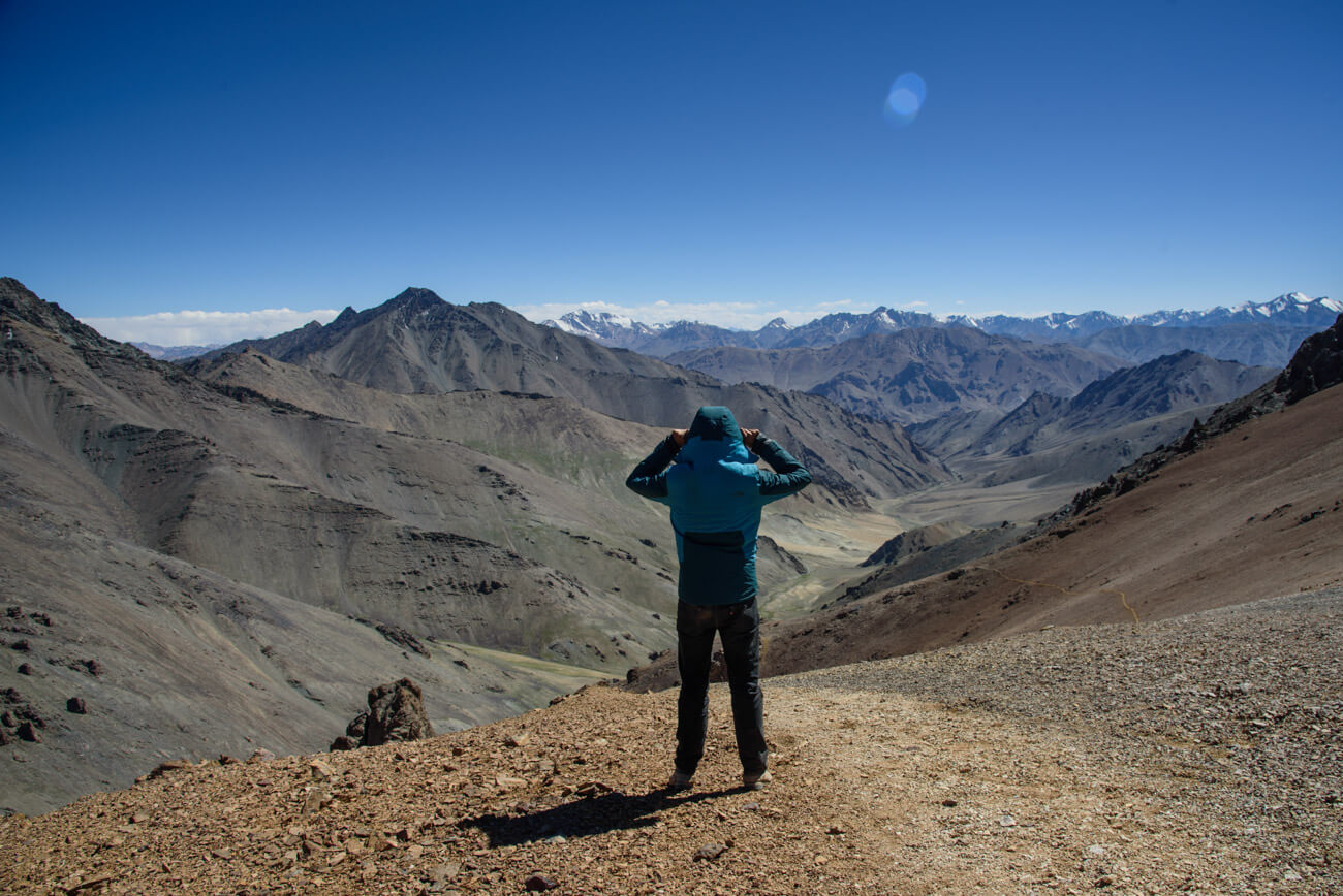 A guide for traveling Tajikistan (Tips + 3-week itinerary) pamir mountains