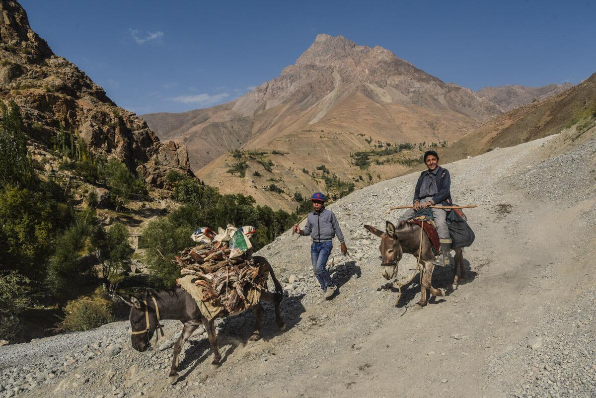 a travel guide to Tajikistan