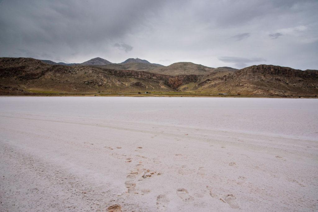 Shiraz salt lake