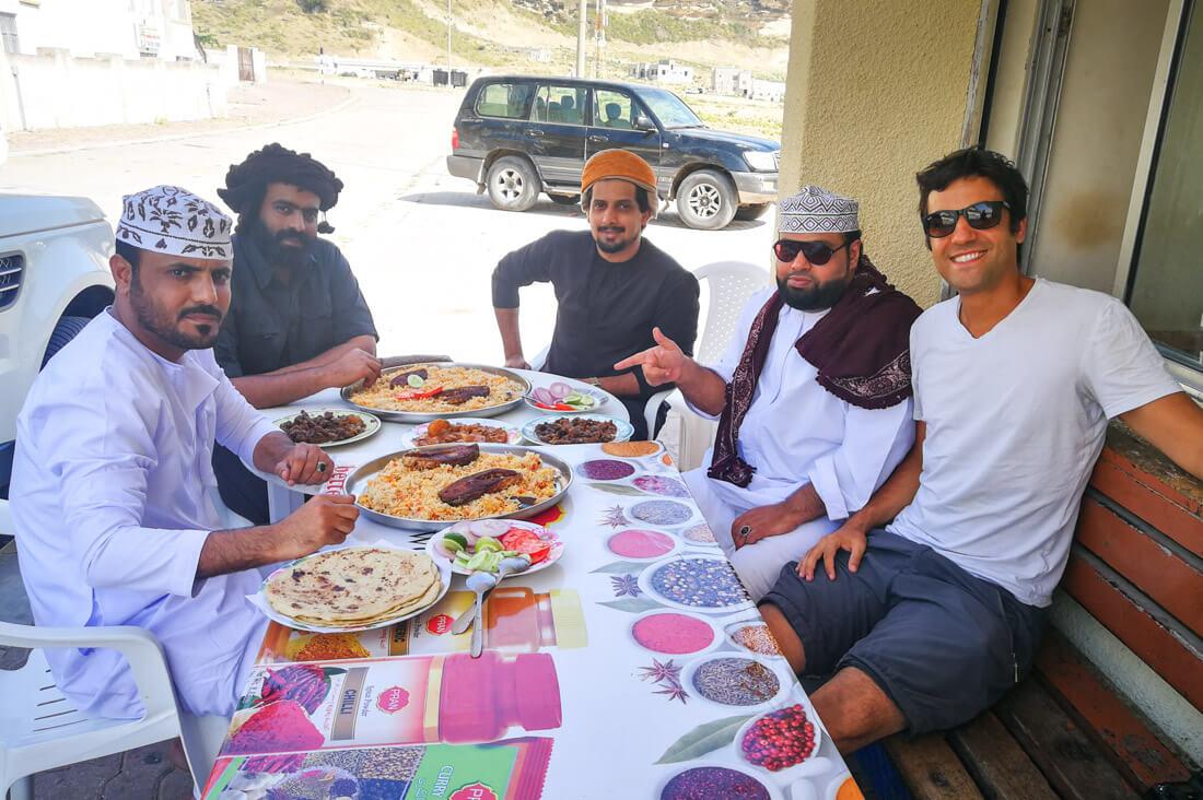 Oman con bajo presupuesto