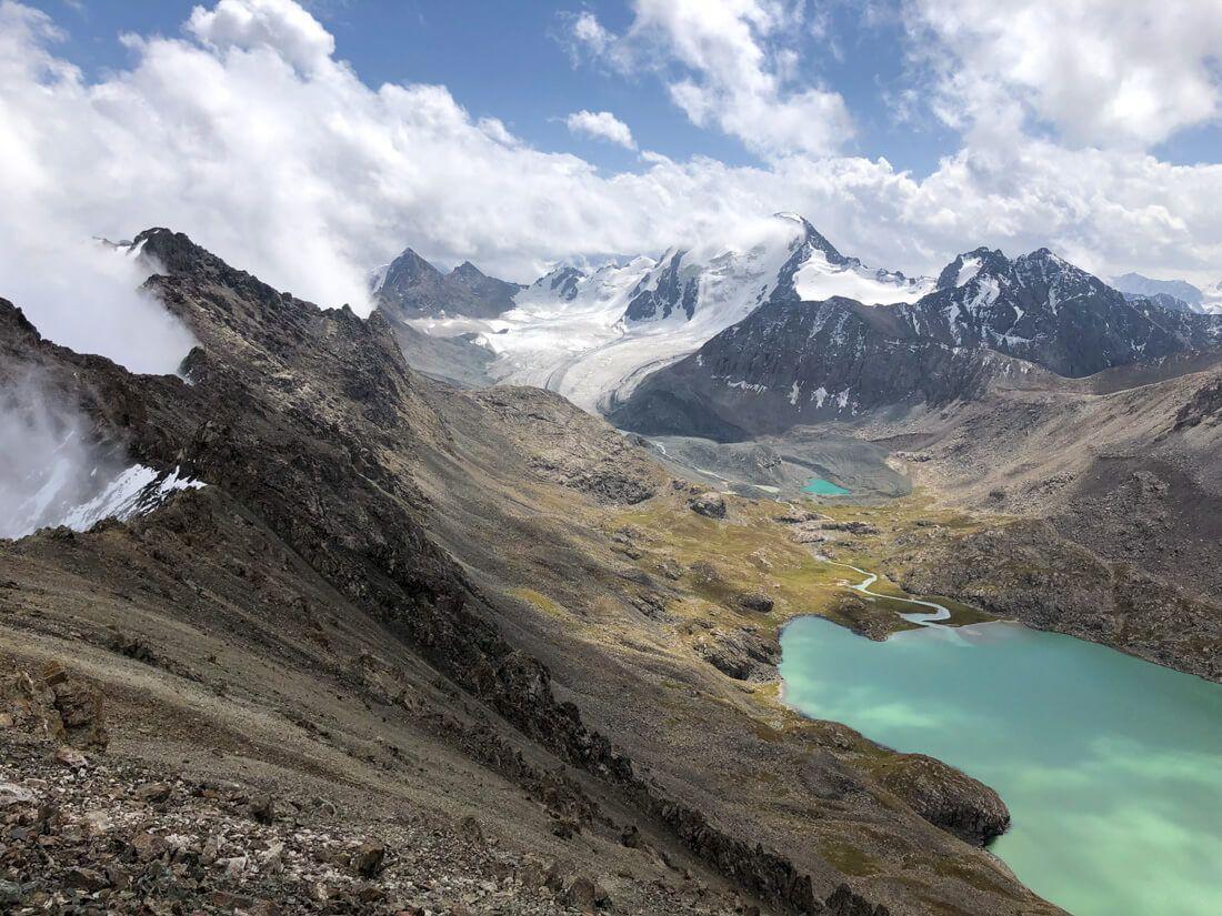 hiking ala kul Kyrgyzstan